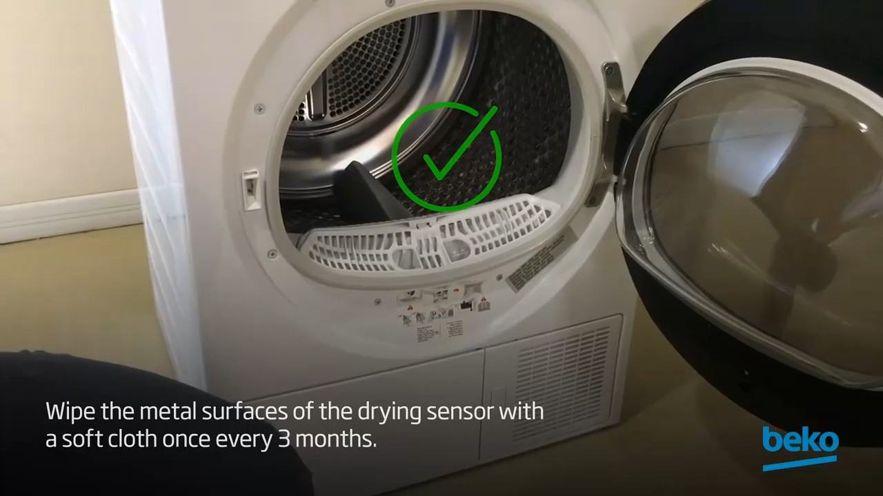 How to clean the drying sensor of your tumble dryer