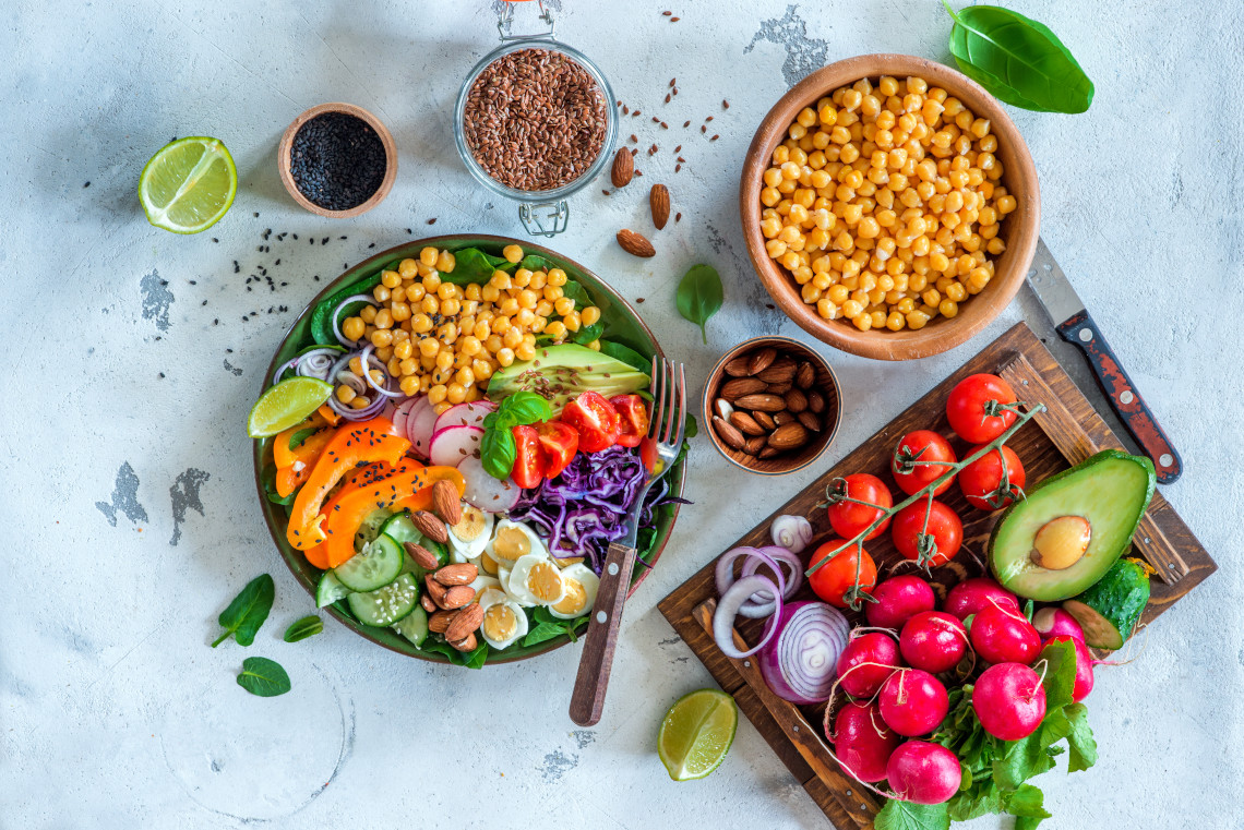Make a rainbow salad