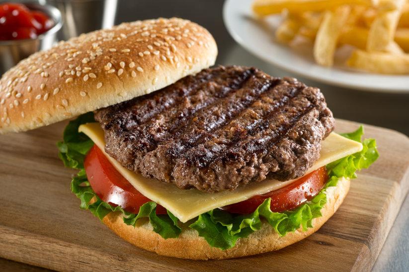 Spicy beef burgers