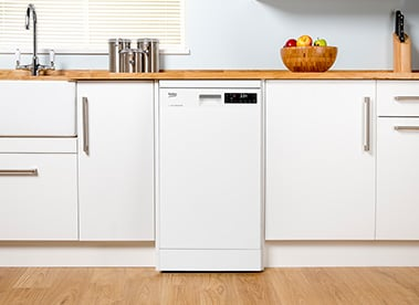 Fitted slimline dishwasher