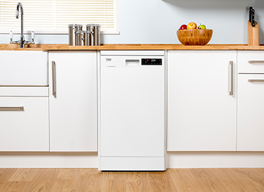 Fitted slimline dishwasher